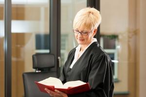 Komornicy: wyroki sądów są złe dla nich i dla wierzycieli