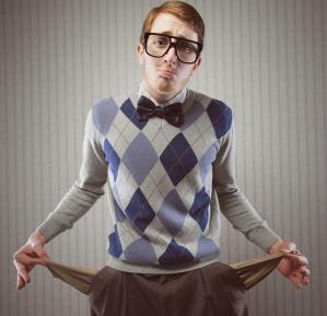 Młodzi Polacy ruszyli po kredyty i pożyczki. Gdzie warto szukać?