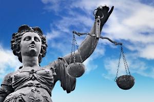 Poznaj swoje prawa: Jak działają polskie sądy?