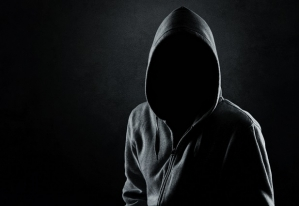 Klienci banków są atakowani w sieci przez hakerów. Jak się przed tym uchronić?