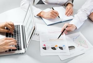 Pożyczki pozabankowe - jak i ile pożyczamy? Raport