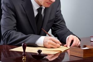 Kto spłaca kredyt po rozwodzie małżonków?