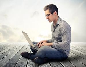 Gdzie w łatwy sposób pożyczysz 10 000 zł przez internet?